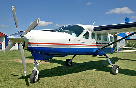 Skydive Spaceland Supervan 900