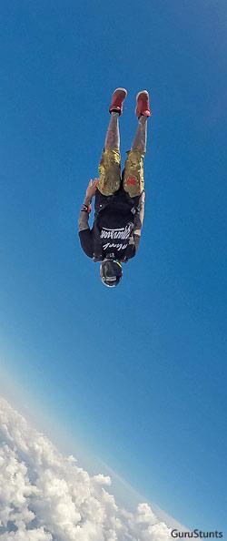 Speed skydiving