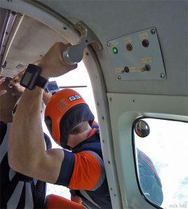 Skydiving aircraft door lights